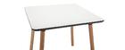 mesa cuadrada blanca con patas en madera 80 cm BRUNCH